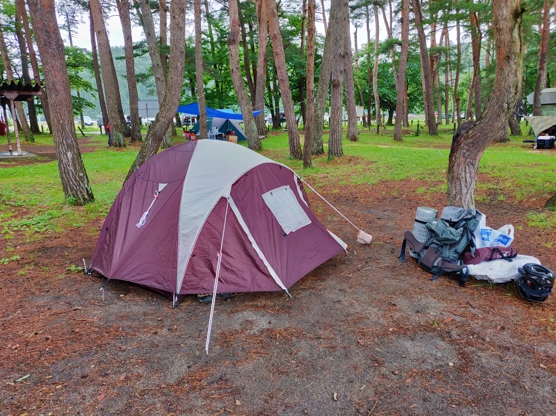秋山浜キャンプ場とテント