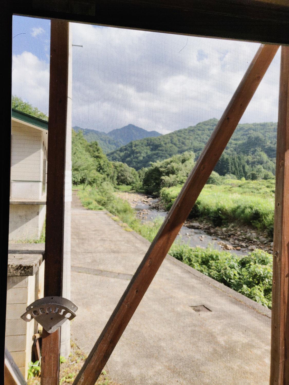泡の湯温泉三好荘 窓からの風景
