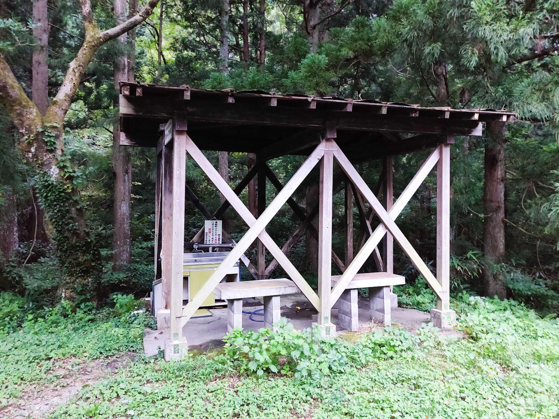 奥村杉キャンプ場水場