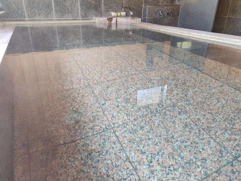 林温泉 透明な湯
