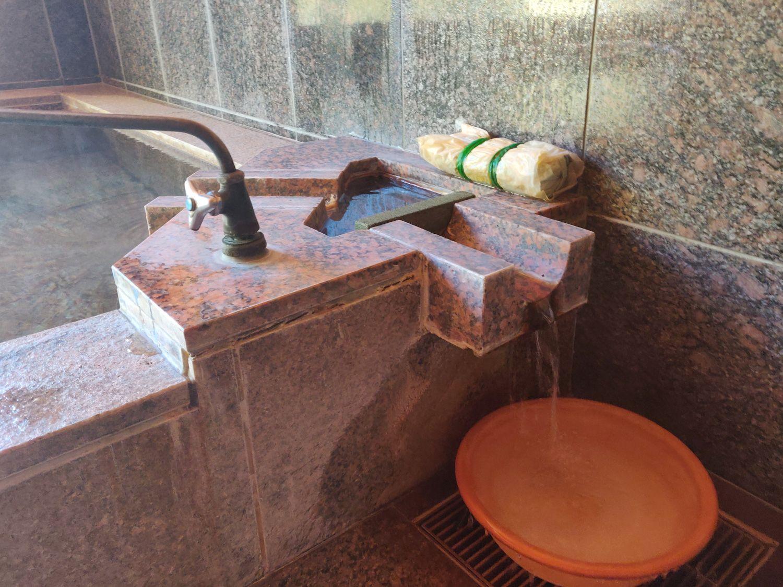 林温泉 湯口反対側