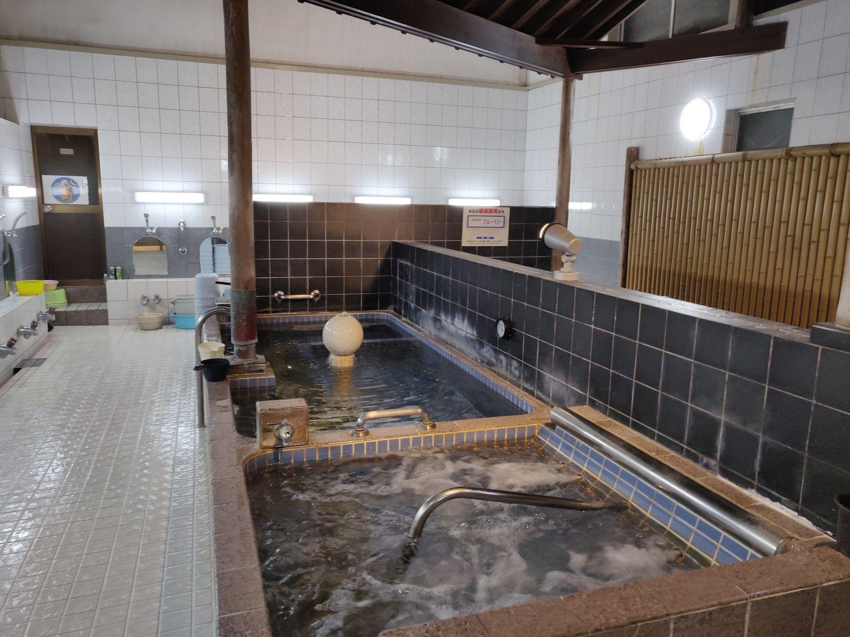 新田浴場 浴槽