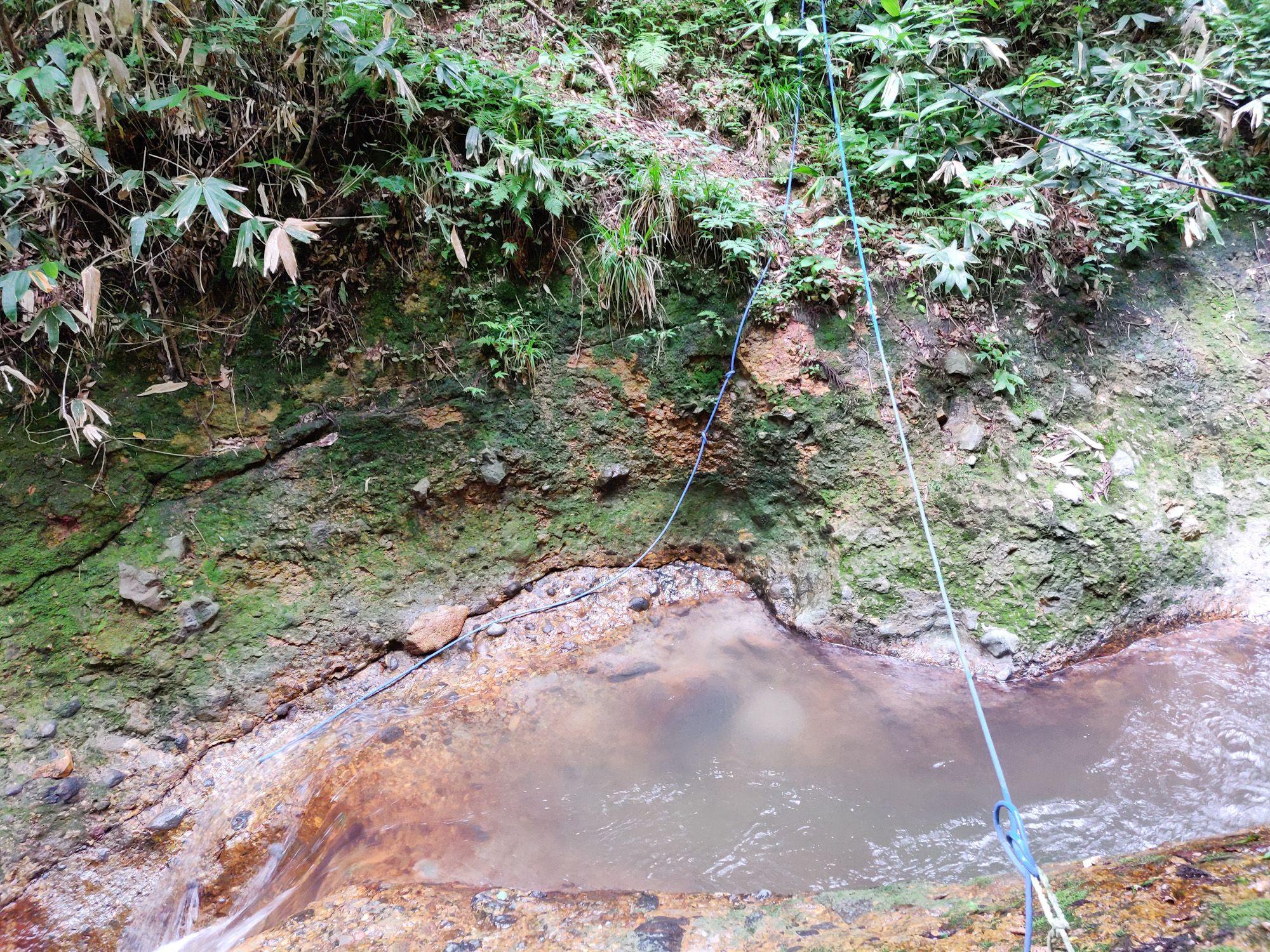 神瀧温泉下の川