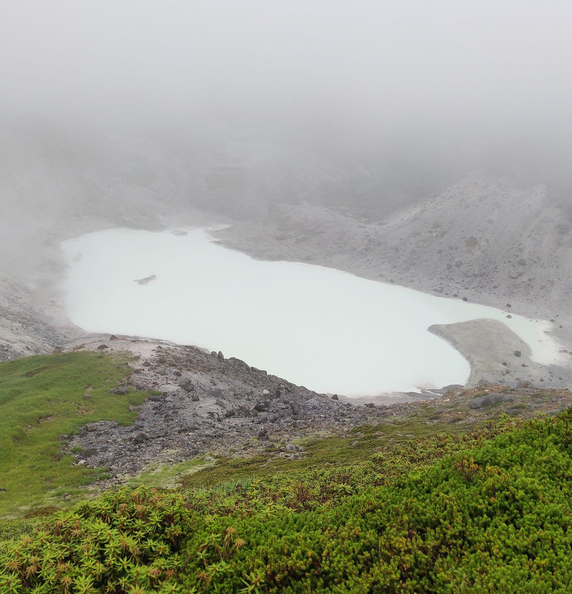 焼山 湯沼