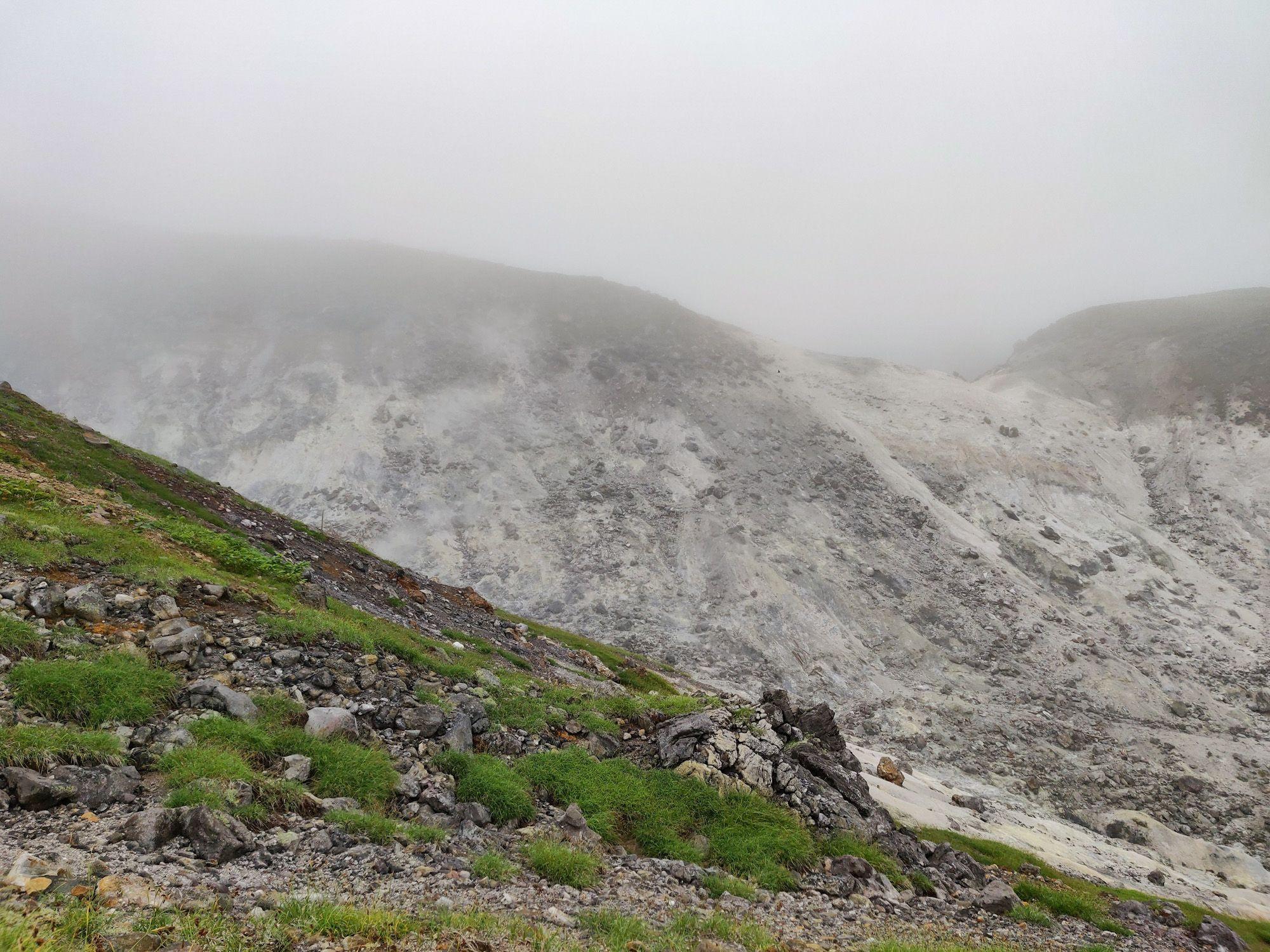 焼山登山道