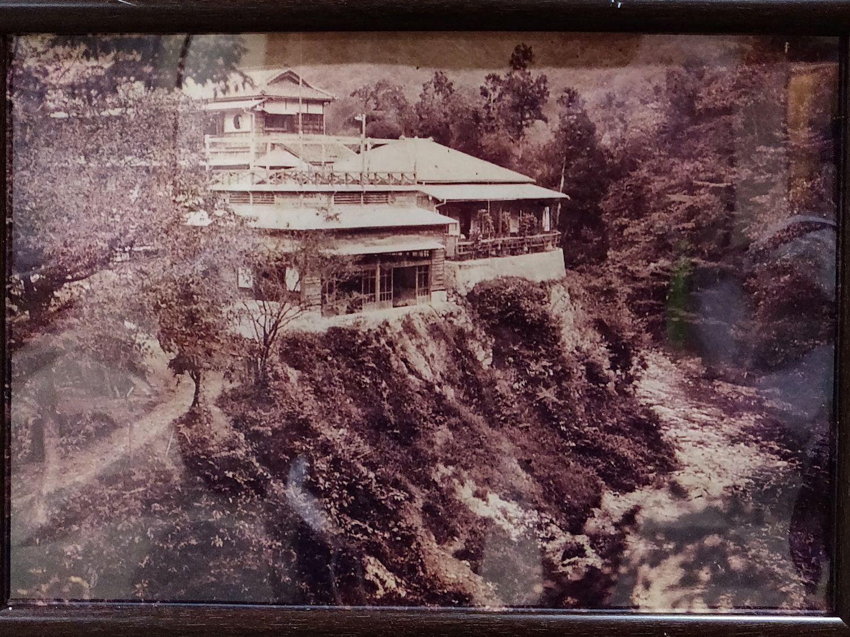 古い写真 渓谷側から